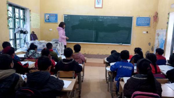 Pác Nặm (Bắc Kạn): Nhiều học sinh vẫn chưa chịu đến lớp sau nghỉ Tết
