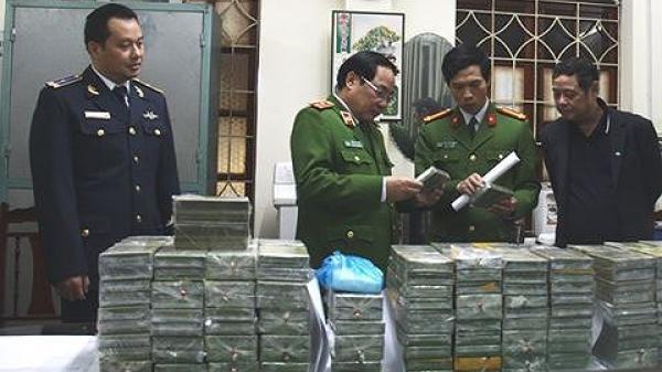 Khởi tố, tạm giam 4 đối tượng trong đường dây vận chuyển 288 bánh heroin đi Bắc Kạn - Cao Bằng