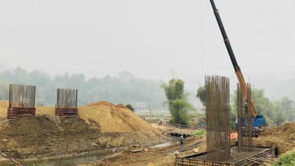 """Bắc Kạn: Thi công """"thần tốc""""dự án cải tạo nâng cấp đường tỉnh 258B, sẽ hoàn thành trước hẹn"""