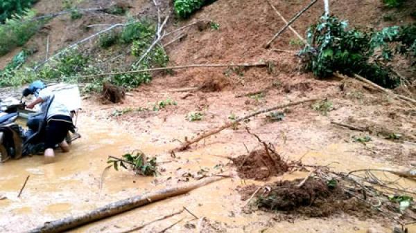 Chợ Đồn: Mưa lớn gây ách tắc một số tuyến đường
