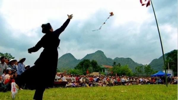 Tung còn - trò chơi dân gian trong lễ hội xuống đồng