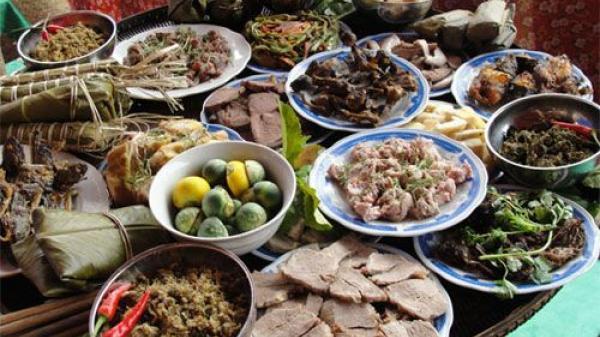 Văn hóa ứng xử trong bữa ăn của người Tày