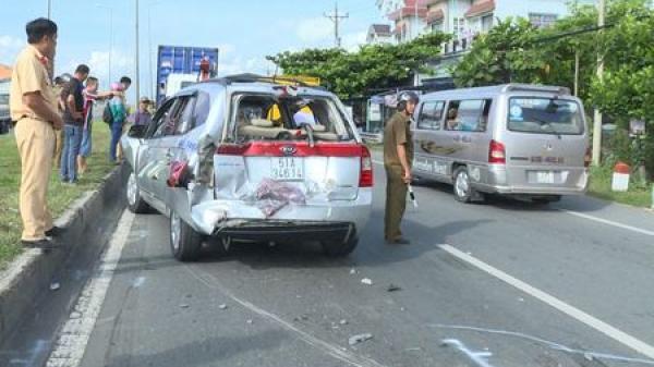 Vĩnh Long: Tai nạn giao thông liên hoàn nghiêm trọng, ùn tắc kéo dài nhiều giờ