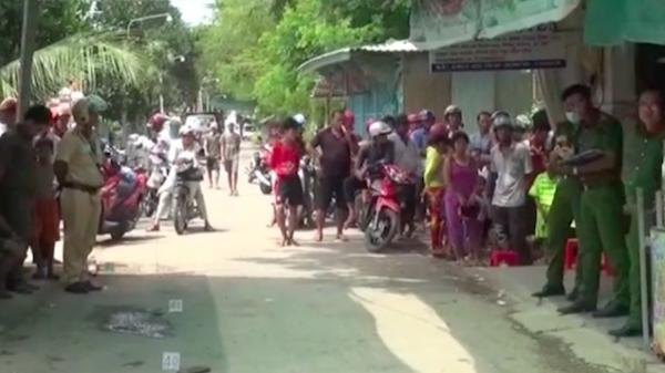 Sau một cú rồ ga xe máy, hai nhóm thanh niên An giang và Đồng Tháp lao vào hỗn chiến khiến 3 người mất mạng