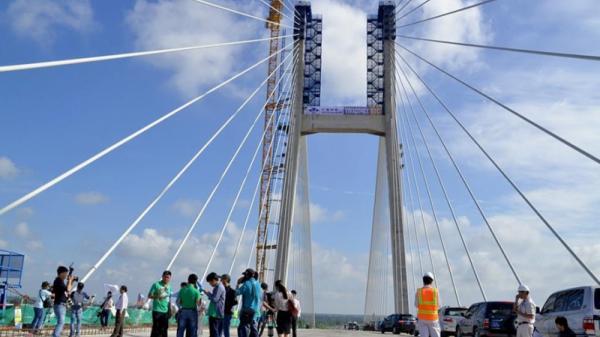 Đồng Tháp: Sắp khánh thành cầu Cao Lãnh bắc qua sông Tiền
