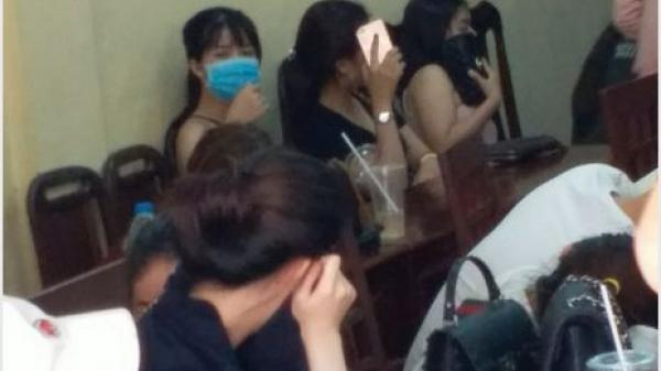 Vĩnh Long: Bắt tạm giam cán bộ xã đoàn tàng trữ ma túy trong quán karaoke