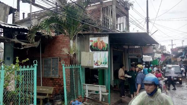 An Giang: Cháy dữ dội thiêu rụi toàn bộ 4 căn nhà, nhiều người hoảng loạn