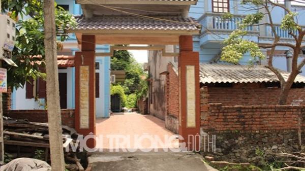 Chuyện lạ ở Bắc Ninh: Cả huyện lẫn tỉnh chịu thua... cái cổng!