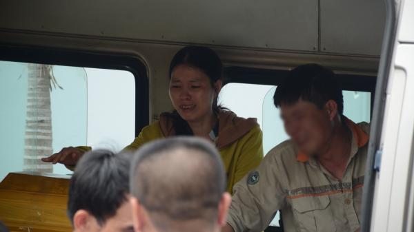 """Bác sĩ cấp cứu nạn nhân vụ xe tải chạy lùi: """"3 mẹ con đã t.ử vo.ng trước khi vào viện, chúng tôi chưa từng thấy tai nạn nào thương tâm như vậy"""""""
