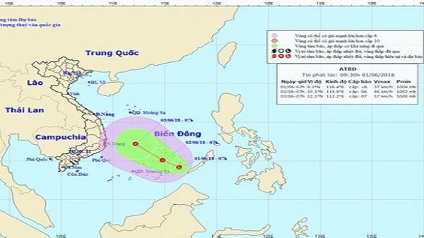 Nóng: Xuất hiện vùng áp thấp trên Biển Đông đang mạnh lên, nguy cơ cao xảy ra lũ quét