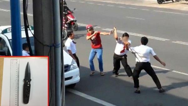 Lái xe taxi quê Nam Định đâm đồng nghiệp tranh giành chỗ đón khách