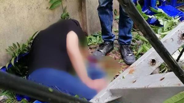 KINH HOÀNG: Bể nước 600m3 bất ngờ bị vỡ đè 2 người Thanh Hóa đang nấu ăn thương vong