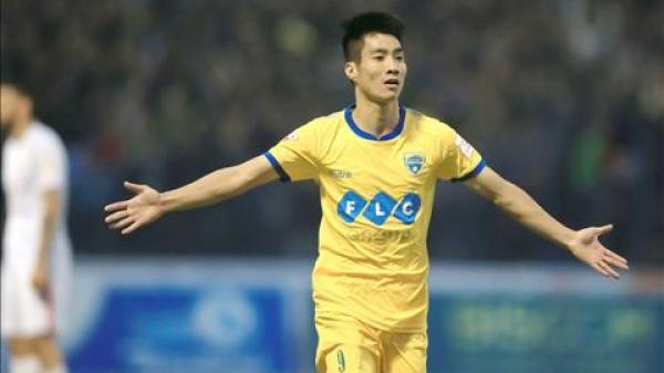 Chia tay với CLB cũ, cầu thủ tài năng Hoàng Văn Bình về bến đỗ mới bên CLB Nam Định?