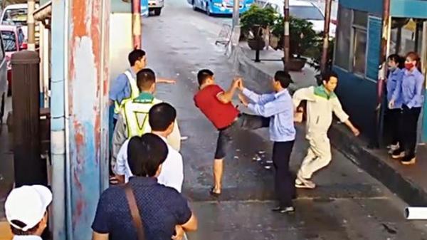 Triệu tập 3 tài xế phá barie, đánh nhân viên Trạm BOT Tân Đệ (Thái Bình)