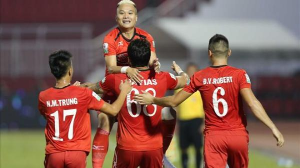 HLV Miura thất vọng với trọng tài sau trận thua Nam Định