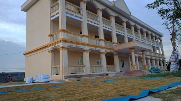 Nam Định: Xây trường học 10 tỷ đồng rồi bỏ không