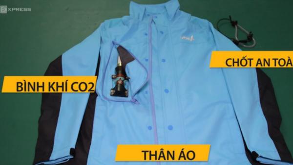 """ĐỘC - LẠ mẫu áo thiết kế bảo về """"túi khí"""" an toàn cho người đi xe máy"""