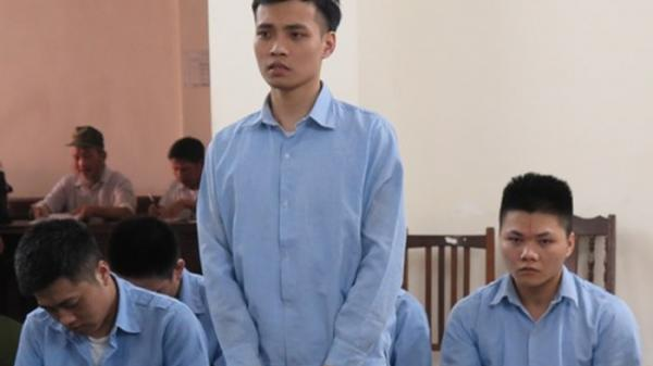 Người đàn ông quê Nam Định cùng đồng bọn bị truy tố vì mở nhạc đám ma khi đi đòi nợ