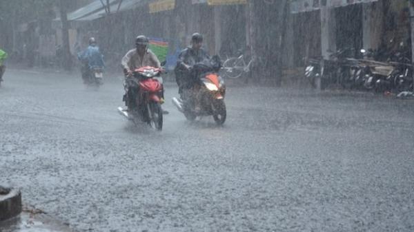 Thông tin mới nhất về bão số 3: Từ trưa nay Bắc Bộ mưa cực lớn