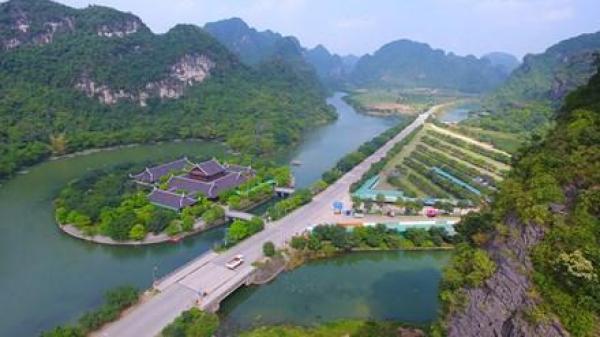 """Ngay sát Nam Định, có một """"vịnh Hạ Long trên cạn"""" đẹp như mơ mà bạn nên đi 1 lần trong đời"""