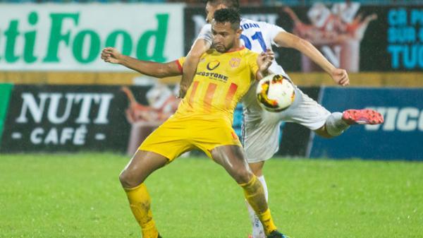 HLV Nam Định: 'Nếu có khán giả, chúng tôi còn chơi tưng bừng hơn nữa'