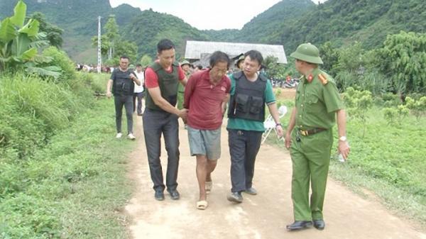 Thái Nguyên : Bắt khẩn cấp U60 dùng búa, dao đâm chém 2 người thương vong rồi cố thủ trong nhà