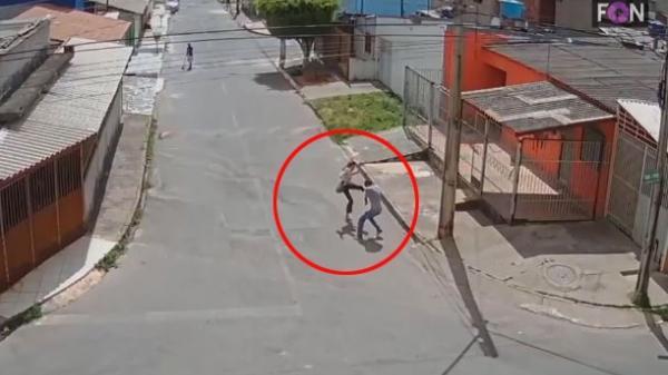 Cướp nhầm nữ sinh có võ, gã đàn ông bị đánh chạy trối chết