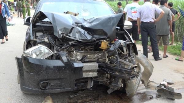 Ô tô biển số Bắc Ninh va chạm kinh hoàng với xe máy, hai vợ chồng tử vong thương tâm