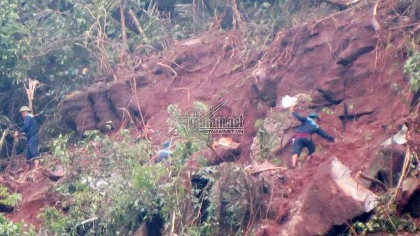 Hiện trường máy bay Su-22 rơi vỡ vụn: Thượng tá quê Thái Bình hy sinh