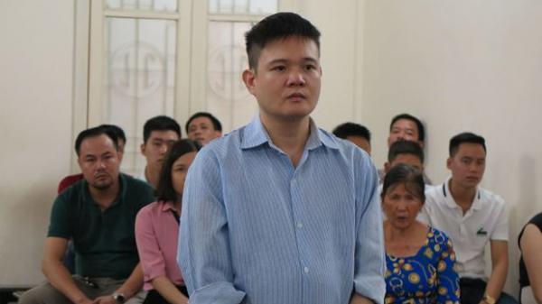 """Tên cướp tiền tỷ dàn xếp khiến người đàn ông quê Nam Định thành """"con nợ"""", đánh người dã man lĩnh án"""