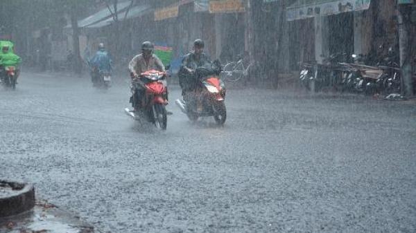 Dự báo thời tiết 27/07: Nam Định có mưa to, nhiều nơi cần đề phòng ngập úng