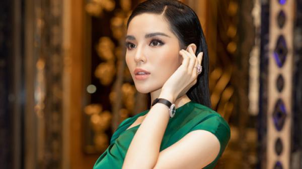 Nàng hậu quê Nam Định ngày càng xinh đẹp, sexy nhưng đây mới là điều khiến ai cũng phải ngoái nhìn