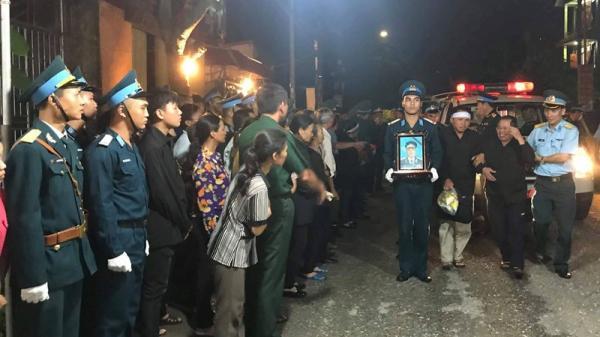 Quê hương Thái Bình đón di cốt Đại tá Phạm Giang Nam trở về