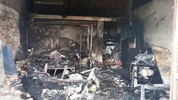 Cháy nhà nghỉ, mẹ cùng 5 con nhỏ chết thương tâm