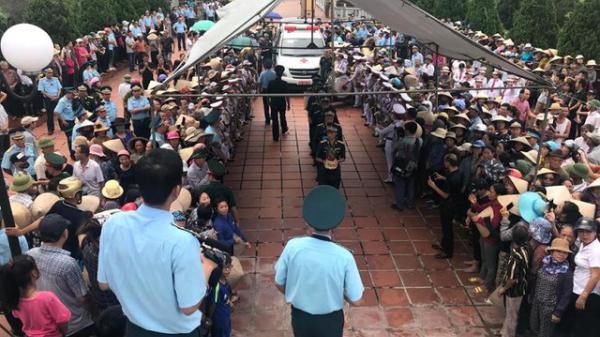 Thái Bình: Xúc động tiễn đưa Đại tá, liệt sĩ Phạm Giang Nam về với đất mẹ nghìn thu