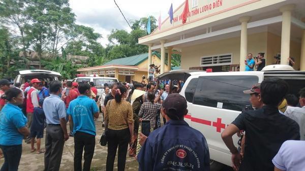 Người nhà khóc cạn nước mắt khi nhận dạng 13 người tử vong trong vụ tai nạn thảm khốc