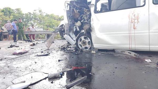 Xe rước dâu gặp nạn khiến 14 người tử vong: Do tài xế buồn ngủ?