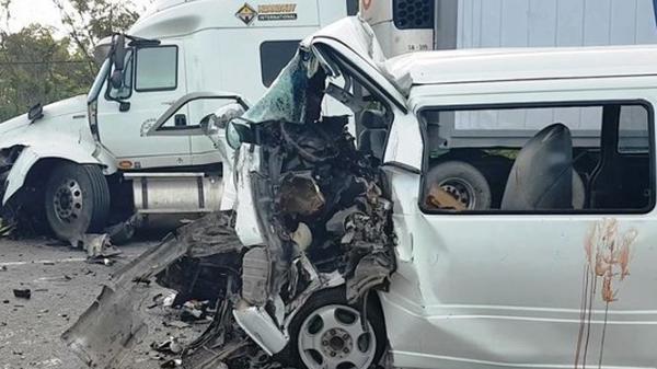Hé lộ danh tính tài xế lái xe rước dâu đâm vào container vụ 13 người chết: Chạy xe liên tục 12 giờ không ngủ