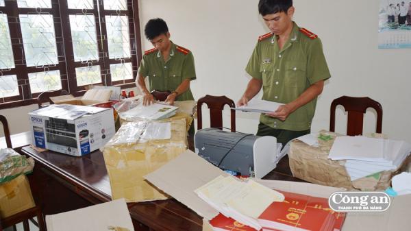 Tóm gọn người đàn ông quê Nam Định cùng đồng bọn chuyên sản xuất, làm giả bằng đại học, văn bằng chứng chỉ