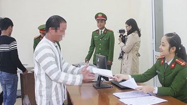 Bắc Kạn: Công bố quyết định tha tù trước thời hạn có điều kiện cho 2 phạm nhân