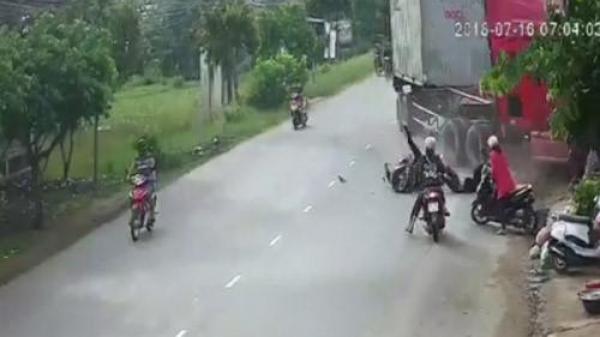 Hé lộ nguyên nhân tai nạn bất ngờ xe container lao vào nhà dân làm em bé t.ử vong, nhiều người bị thương