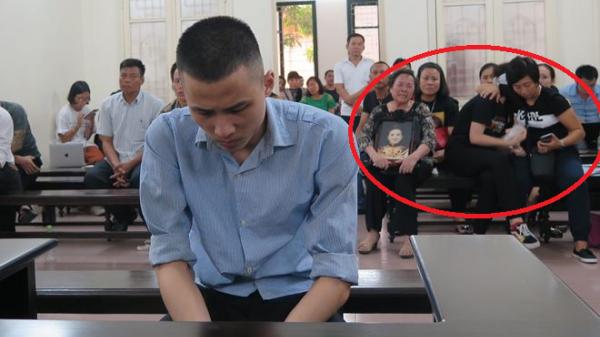 """Con gái nạn nhân quê Nam Định bị gi.ết hại bật khóc nức nở: """"Đền mạng cho mẹ tôi đi"""""""