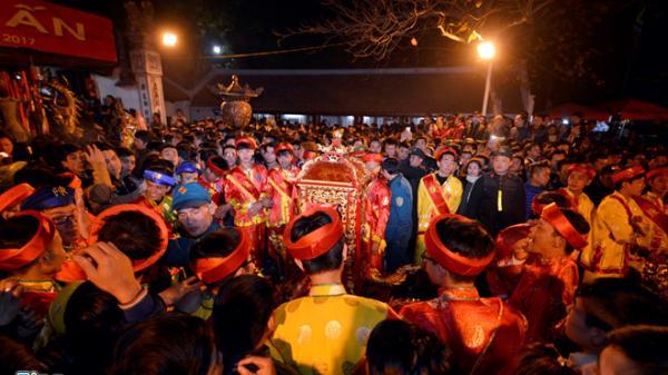 Tháng 8 âm lịch, về Nam Định dự Lễ hội đền Trần để cầu được ước thấy, trăm điều thuận hòa