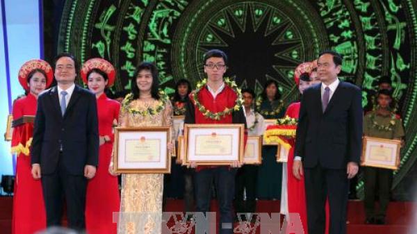 Học sinh nghèo vượt khó Bắc Kạn vinh dự được Bộ Giáo dục - Đào tạo tuyên dương