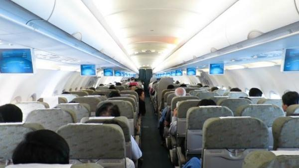 Đấm chảy máu mũi vì tranh chỗ ngồi trên máy bay