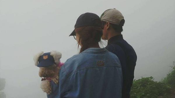 """Sống với 20 chú chó, chàng trai """"lượm"""" được vợ cách 2000km nhờ chăm chỉ comment dạo"""