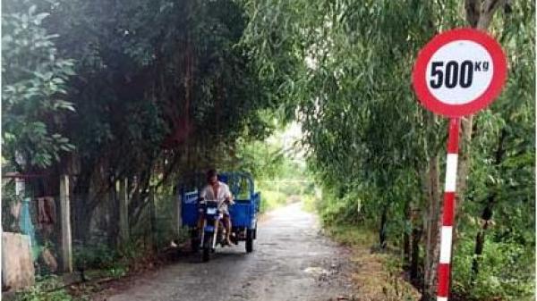 """""""Cứng hóa"""" đường nông thôn mới ở Bạc Liêu: Còn nhiều bất cập"""