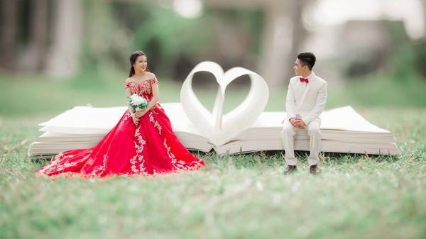 Chú rể pro đất Bạc Liêu: Make up cho cô dâu của mình xinh lung linh rồi dùng chân máy, tự chụp hình cưới đẹp ngất ngây