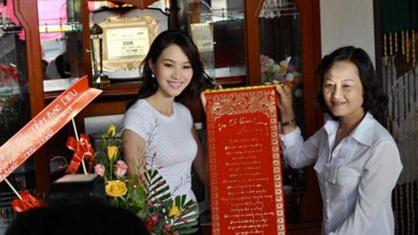 Tổ ấm của các Hoa hậu Việt trước đăng quang: Người giản dị đơn sơ, người cao sang bất ngờ
