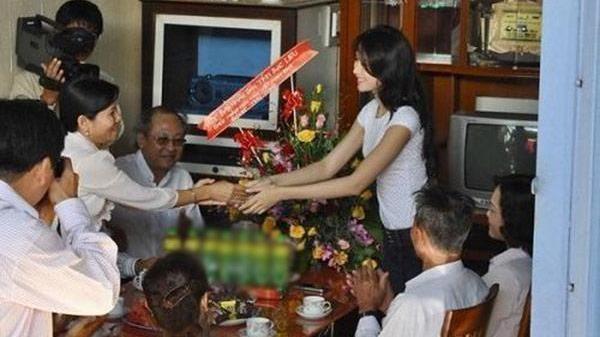 """""""Đọ"""" nhà giản dị của Đặng Thu Thảo cùng các Hoa hậu Việt trước khi đăng quang"""